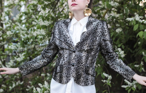 90s elegant black and white striped jacket by Basl