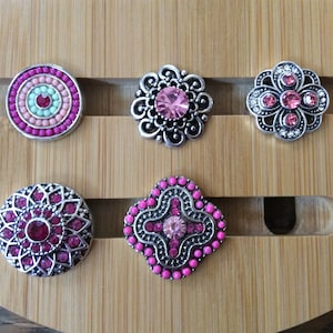 Snap button jewelry,Pink Curl Crystal,snap charm,fits on Ginger snaps jewelry,magnolia and vine snaps,18mm,snap jewelry,good beads snaps,