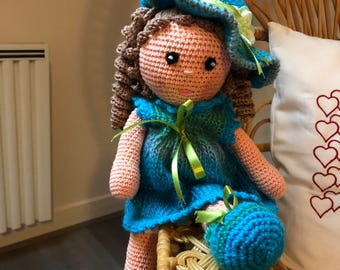 PDF CROCHET pattern of the doll: Turquoise, available in French, instant download after payment