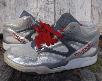 Reebok Pump Shoes Limited Edition Silver Grey Red Reebok Pumps Basketball  Shoes Reebok Vintage Size 9 USA Hexalite Reebok High Tops Vintage fef49b0f8
