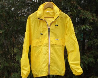 34d98b91d3f3 Kway Windbreaker Yellow