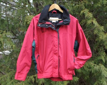 d73961e7bbd Columbia 90s Soft Red Green Vintage Jacket 90s Windbreaker Columbia  Windbreaker Jacket Vintage Size Womens Medium Columbia 90s Jacket Womens