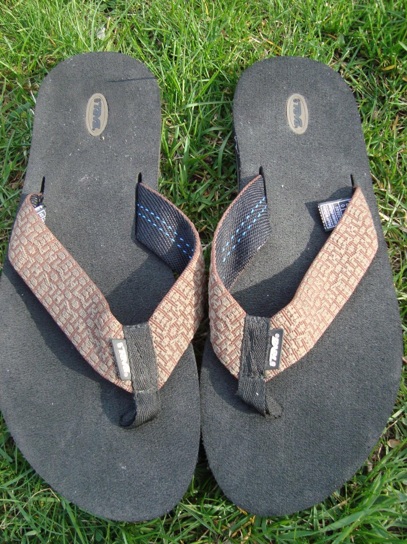 b04793c2fab9e Teva Sandals Flip Flop Brown Beige Pattern Size 11 Mens Teva
