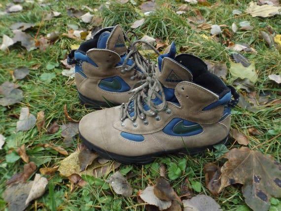 NikeNike StiefelNike Vintage SchuheNike SchuheNike StiefelSchneestiefelNike Nike 8 Luft JordanDamen Air ACGDamen Größe Größe 8 Wandern CrdBoexWQ