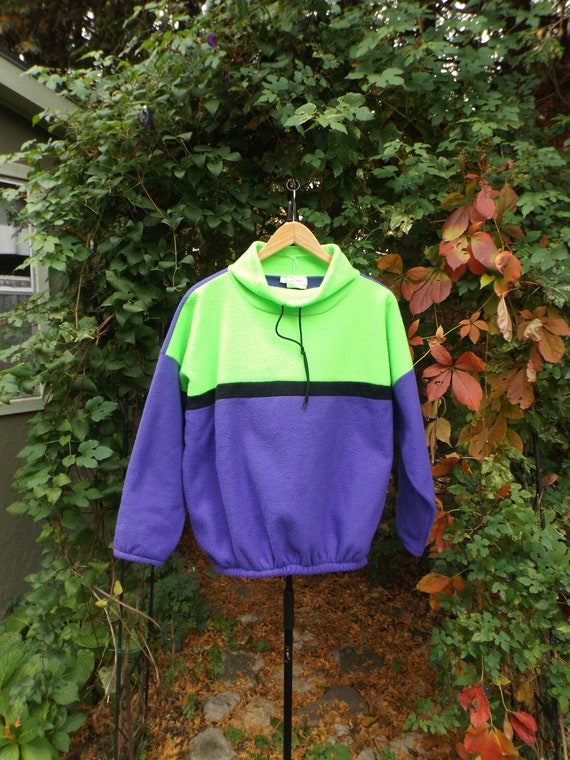90s Fleece Size LARGE Neon Green and Purple Comfy