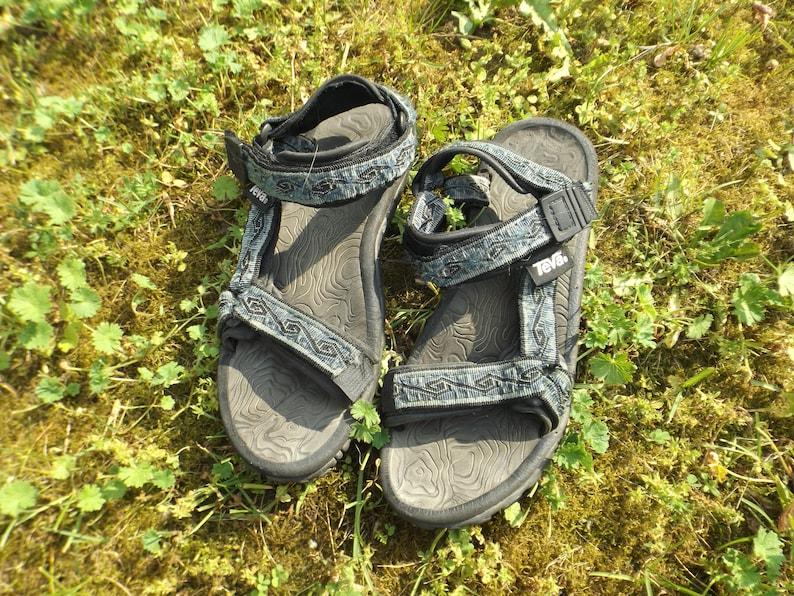 0f0c8b46683bc Teva Sandals 90s Sandals Vintage Sandals Beach Sandals 90s