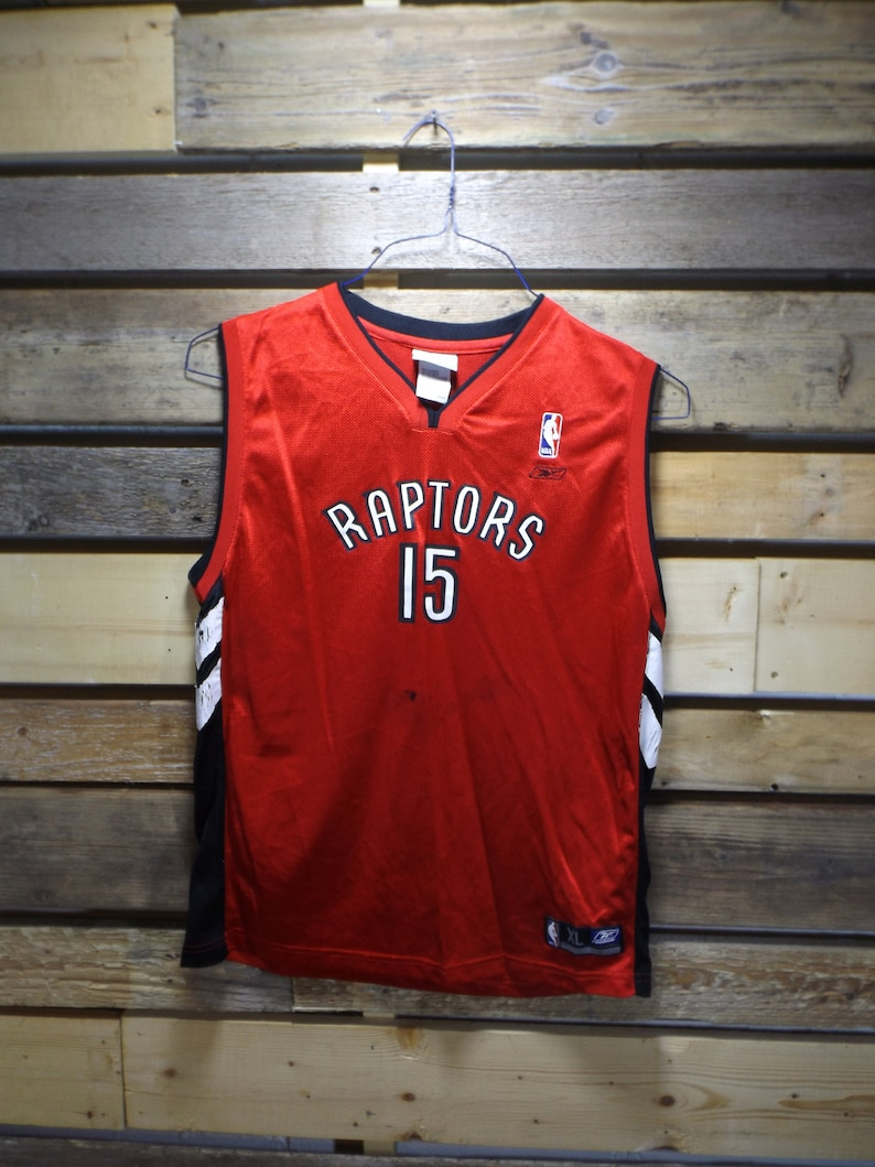 online store 6071f 60312 Raptors Jersey Youth XL or Adult SMALL Vintage NBA Raptors Toronto Vince  Carter Basketball Jersey We the North Toronto Jersey Basketball nba