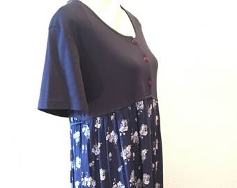 Vintage 90's maternity dress/long blue floral maternity dress