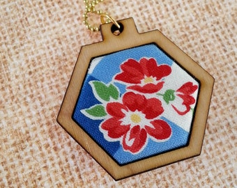 Summer picnic Mini Hexagon Pendant Necklace - Jewelry hexie chain patriotic