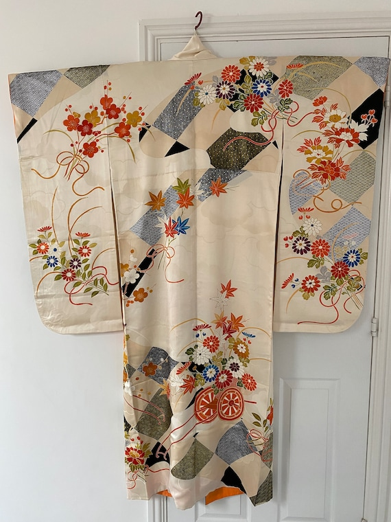 Furisode with embroidery