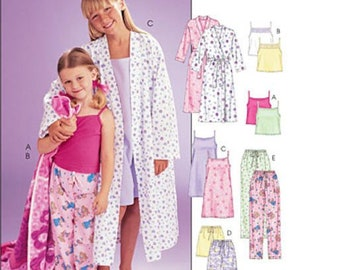 Sewing Pattern for Girls  Sleepwear - Robe b5514cf9a
