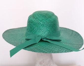 8737de993871c 1970s vintage wide brim straw sun hat in Emerald Green