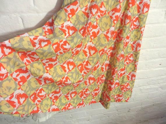 1980s vintage colourful orange and yellow flower print set suit (blazer and skirt) - Medium / Large Size