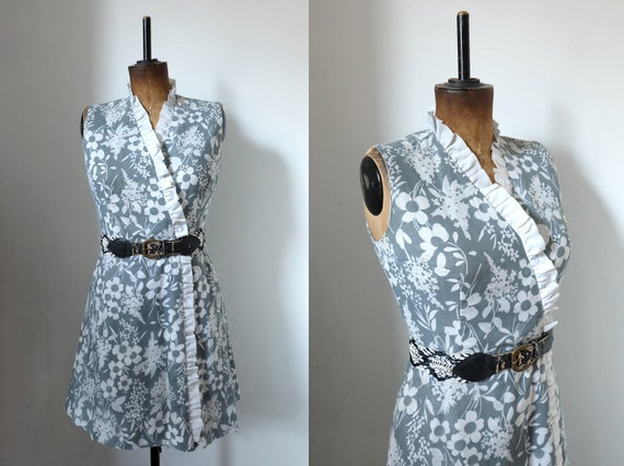 Vintage 50s Grey Floral Ruffle Mini Wrap Dress