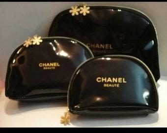 c62154618808 CHANEL BEAUTE *1* Black Patent Leather Cosmetic Bag- Size *Large* of 3 sizes-  Two Gold Zipper Snowflake Zipper Pulls CC emblem 11 x 7 x 2