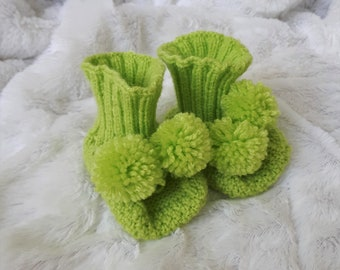 Baby shower gift Baby booties Hand knit baby booties Newborn booties Baby shoes Pregnancy Announcement Birth Gift