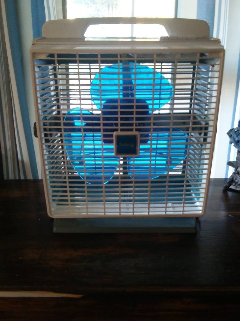Vintage Galaxy Blue Blade Box Fan Window Fan Cool Air Room Fan 3 Speed  Electric Fan