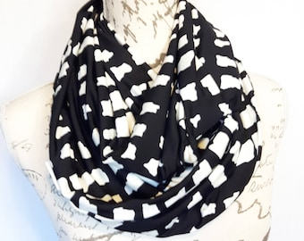 Black and white Abstract Print Infinity Scarf with Hidden Zipper Pocket / Travel scarf / Scarf with hidden pocket / Mothers day gift