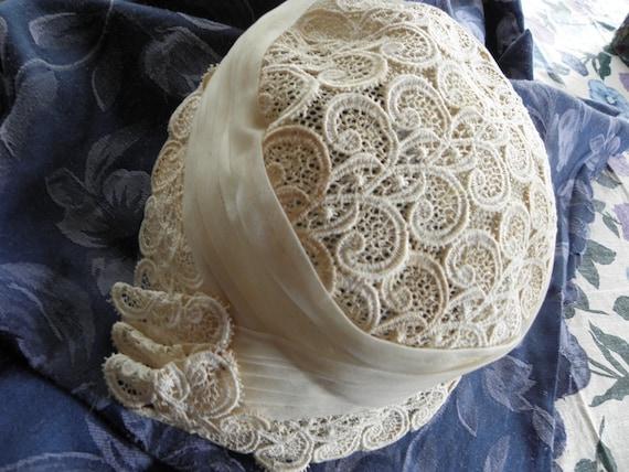 Vintage Ladies hat, 1930s or 1940s, off white, la… - image 6