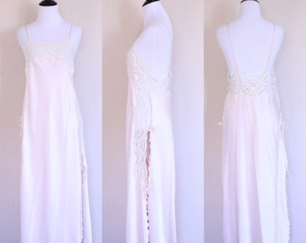 0f15ffec57a Vtg Ethereal Dress Backless Dress Pink Negligee Sheer Lace Nightgown Lace  Back Dress Open Back Dress Light Pink Dress Romantic Nightgown