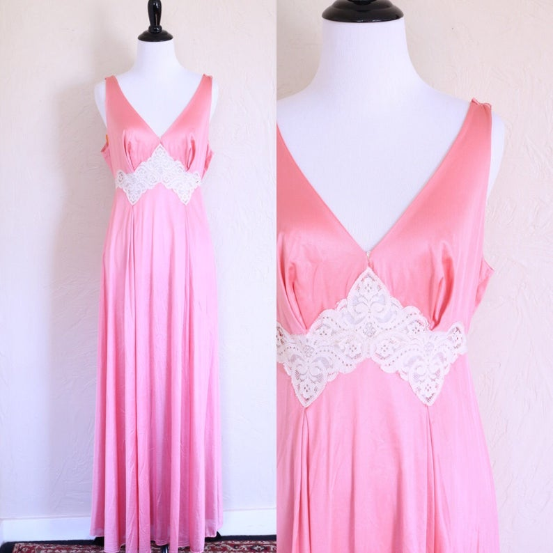 a227722c870 Vintage Pink Negligee Nightgown Bohemian Nightgown Sleeveless
