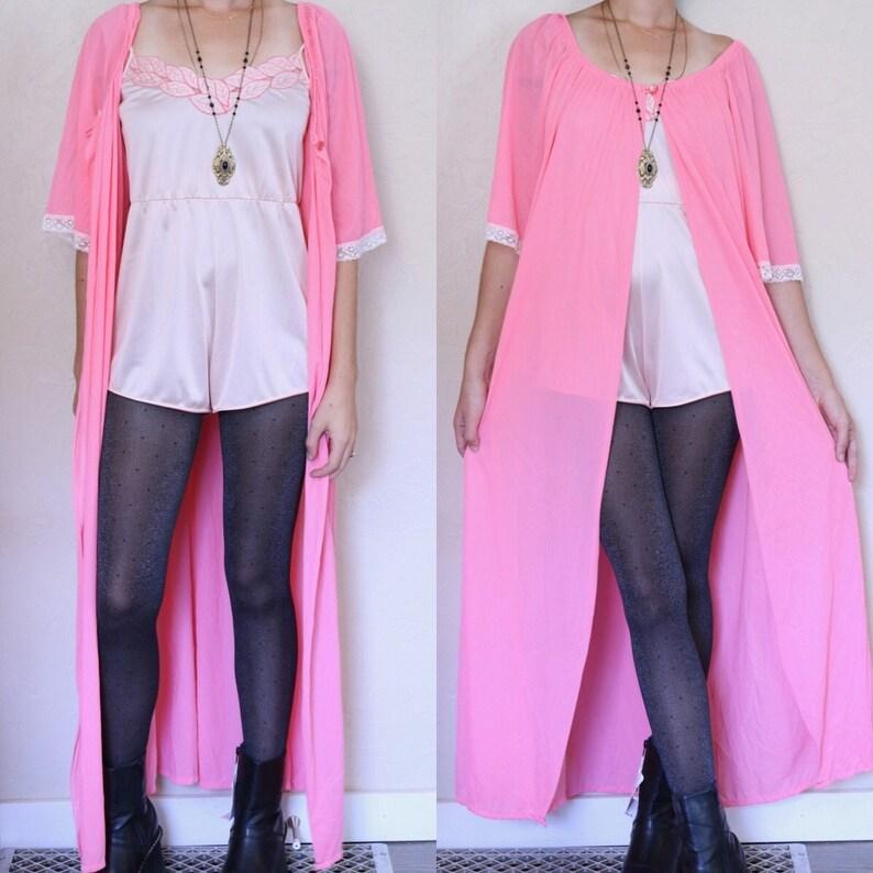 cf2838e57b2 Romantic Lingerie Pink Negligee Vintage Peignoir Robe Short
