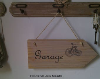 Wooden garage sign