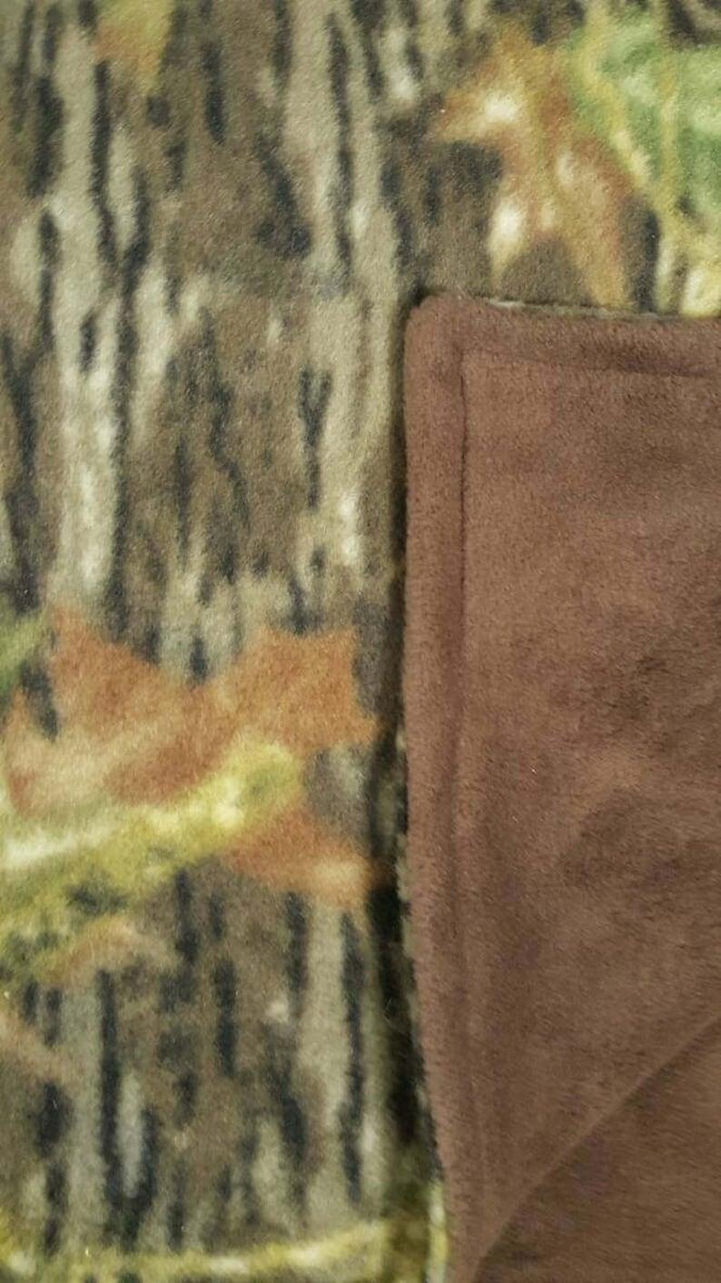 56 x 55 gift for him Mossy Oak Fleece Blanket outdoors quality gift