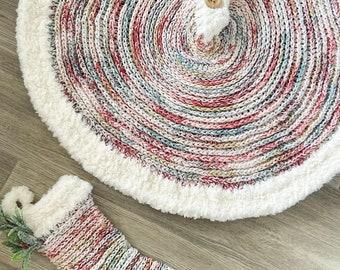 Crochet Pattern - Crochet Tree Skirt - Tree Skirt Pattern - Leavenworth Tree Skirt - Crochet - Pattern - Crocheted Patterns - Nellas Cottage