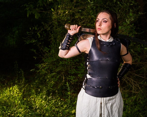 Women's Full Braided Suit of Black Leather Armor