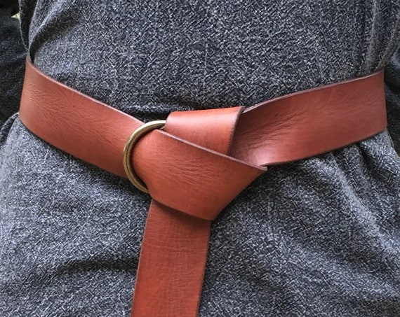 "2"" Wide Leather Ring Belt"
