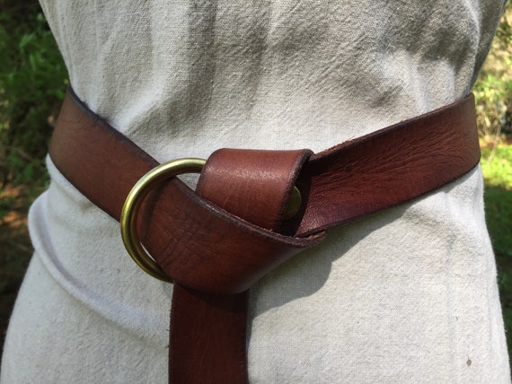 "1-1/4"" Wide Brown Leather Ring Belt"
