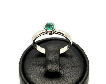 Emerald solitaire ring, sterling silver bright green emerald solitaire ring, contemporary design emerald engagement ring, bezel set emerald