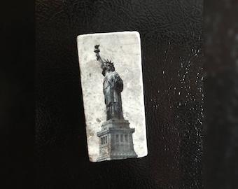 "Stone Refrigerator Magnet, 2""x4"" Silver Travertine Stone Tiles, Statue of Liberty Design"