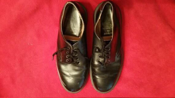 Vintage Dr Martens Black Solovair 1462: 4 eye shoe