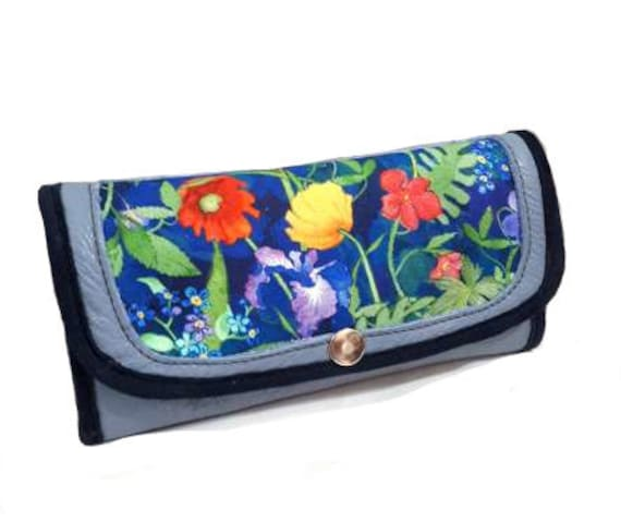 Leather woman's wallet, fleuri,