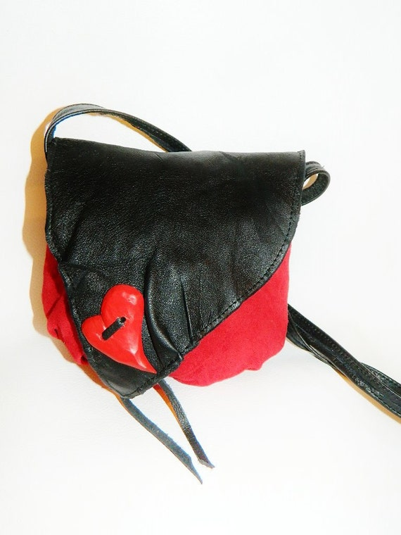 Handbag, leather, handmade, lined, stylish interior