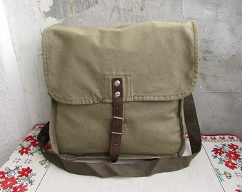 Military Collectibles Unisex bag Military Surplus 1960/'s Canvas messenger bag Vintage green cotton canvas bag Cross body Bag