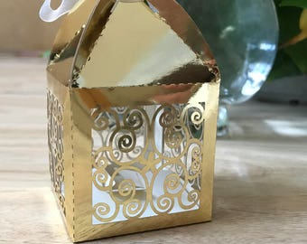 100pcs metallic paper gold Flower Vintage Wedding Favor Boxes with ribbon/Laser Cut Wedding Favor for Guests/Candy/Cake Gift Packaging Boxes