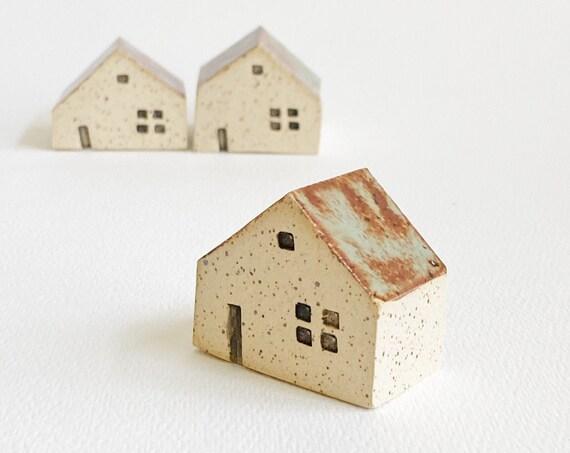 Tiny House - Ceramic Terrarium Decor