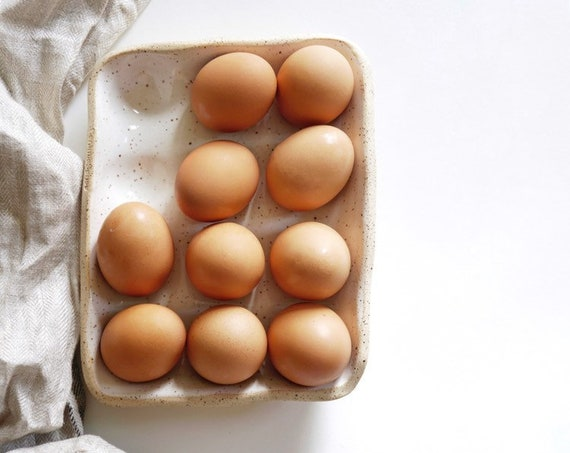 Egg Nest Dozen- Ceramic Egg Holder for 12 Eggs