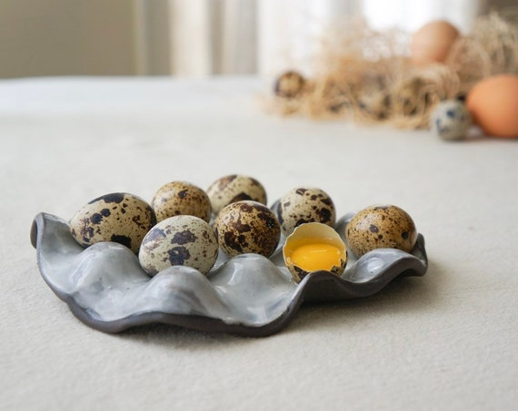 RUSTIK - Egg Nest - Ceramic Egg Holder