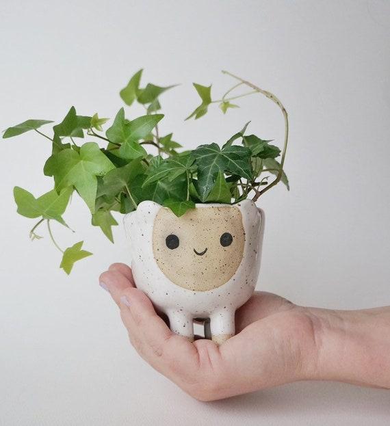 Ceramic Planter BELLA the pet