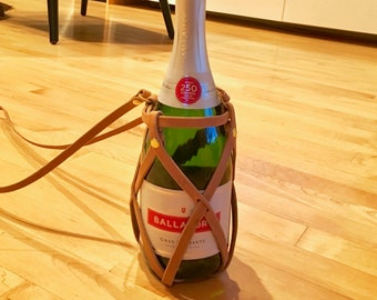 Champagne Bottle Carrier, Flask Carrier, Bottle holder, Adjustable bottle carrier