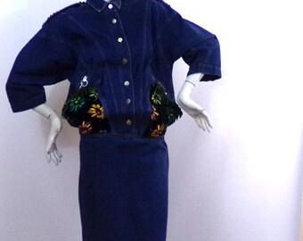 Robe jean bleue Motifs Fleurs velours Taille 38/40 Marque 3 Suisses | Prix soldé !