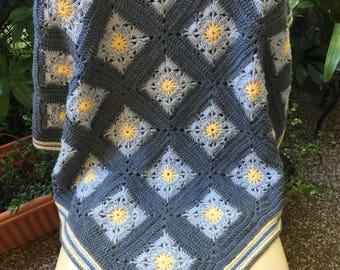 crochet baby blanket, gray yellow blanket, gray afghan, crochet blanket, baby shower gift, baby blanket, granny square,