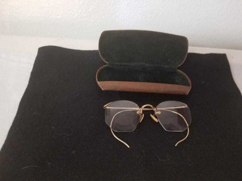 6b66a89c6b79 Vintage Gold Rim Eyeglasses with original case gold filled