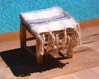 Blue cotton Fouta traditional Moroccan beach towel with embroidery