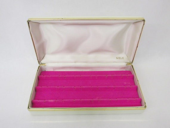 Pink Travel Clamshell Jewelry Box