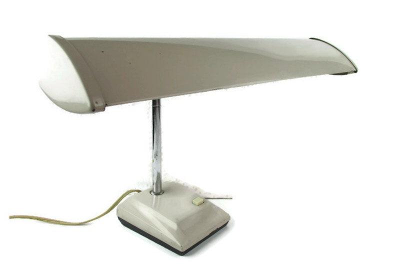 Vintage Mid Century Gooseneck Industrial Desk Lamp, Vintage Office Lamp,  1960s Office Lamp, Adjustable Underwriters Laboratories Metal Lamp